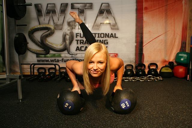 Trenująca kobieta